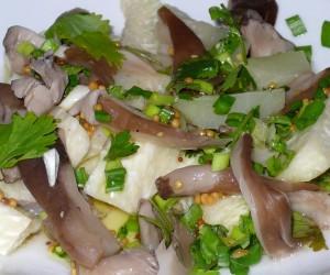 Салат из вешенок и кольраби